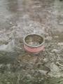 Стильное яркое  кольцо с фианитами .