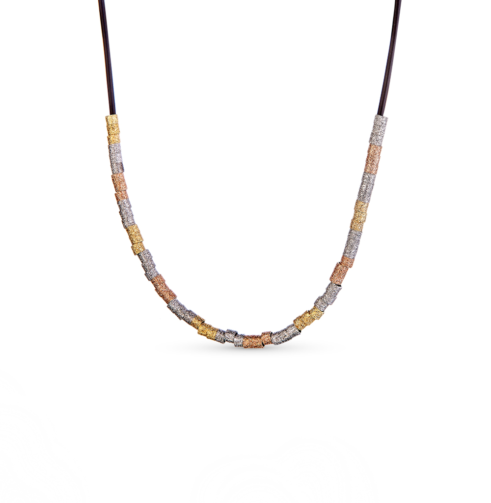 Фото «Каучук шейное украшение с серебром»