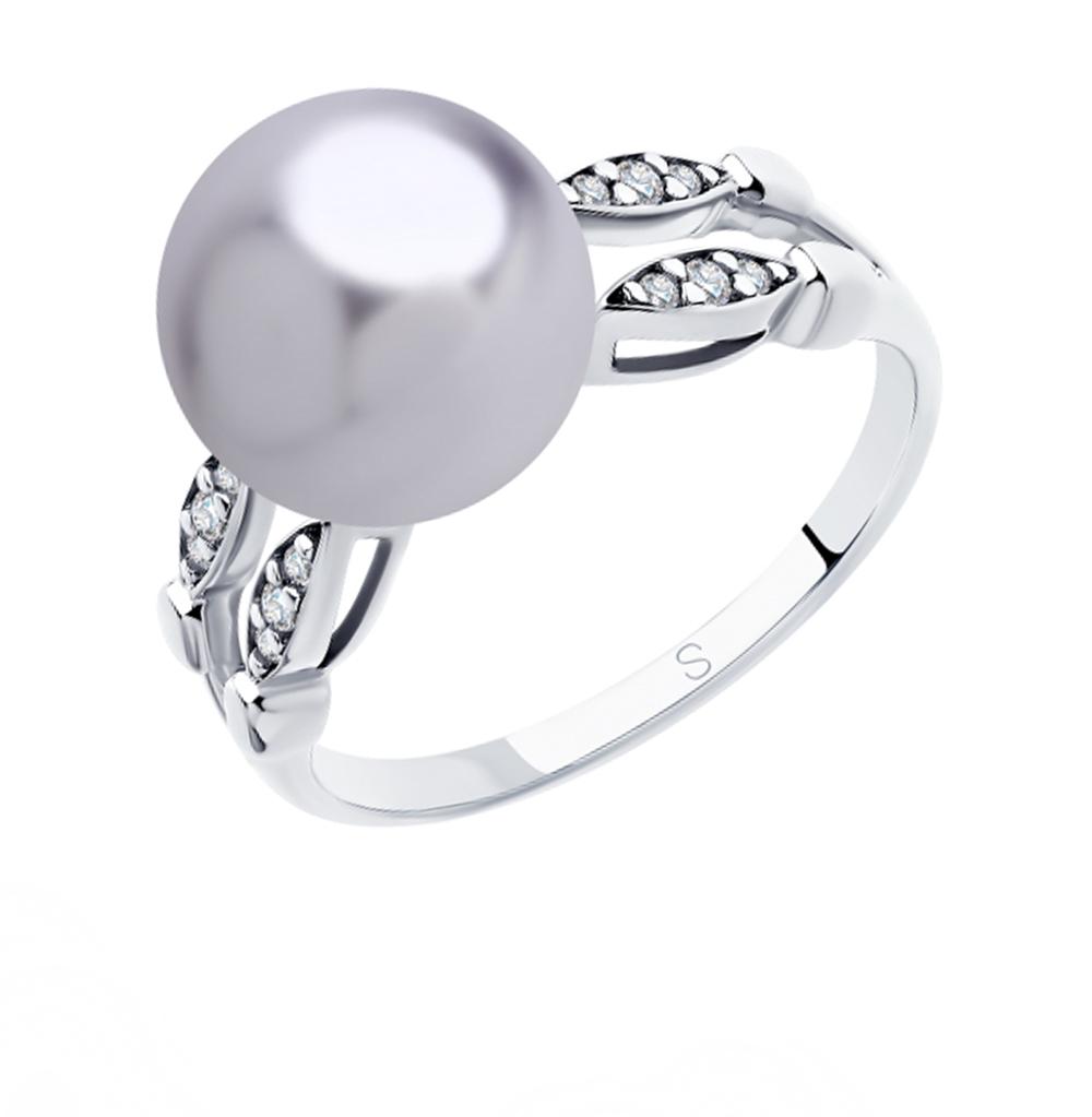 Фото «Серебряное кольцо с фианитами и жемчугом SOKOLOV 94012918»