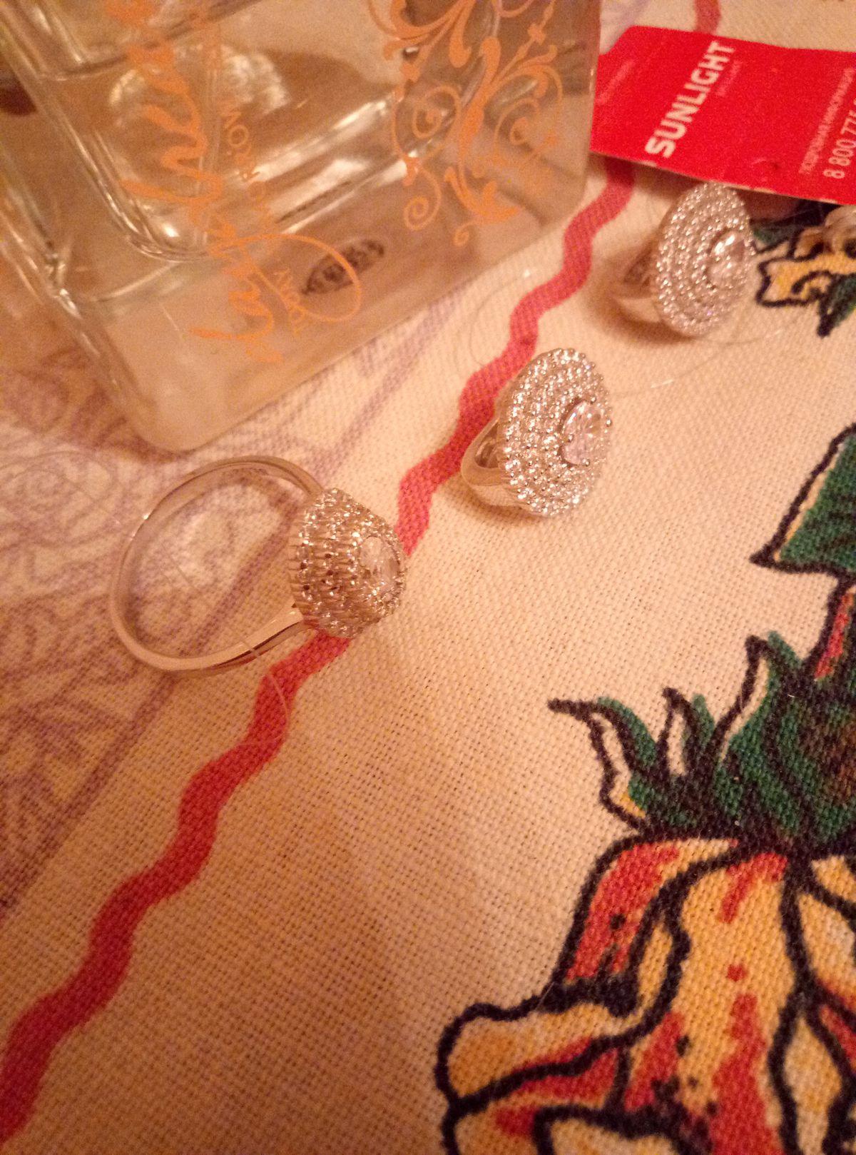 💍 кольцо + серьги. Купила 💍 вместе с серьгами из этой же серии в 🎁 !!!!!