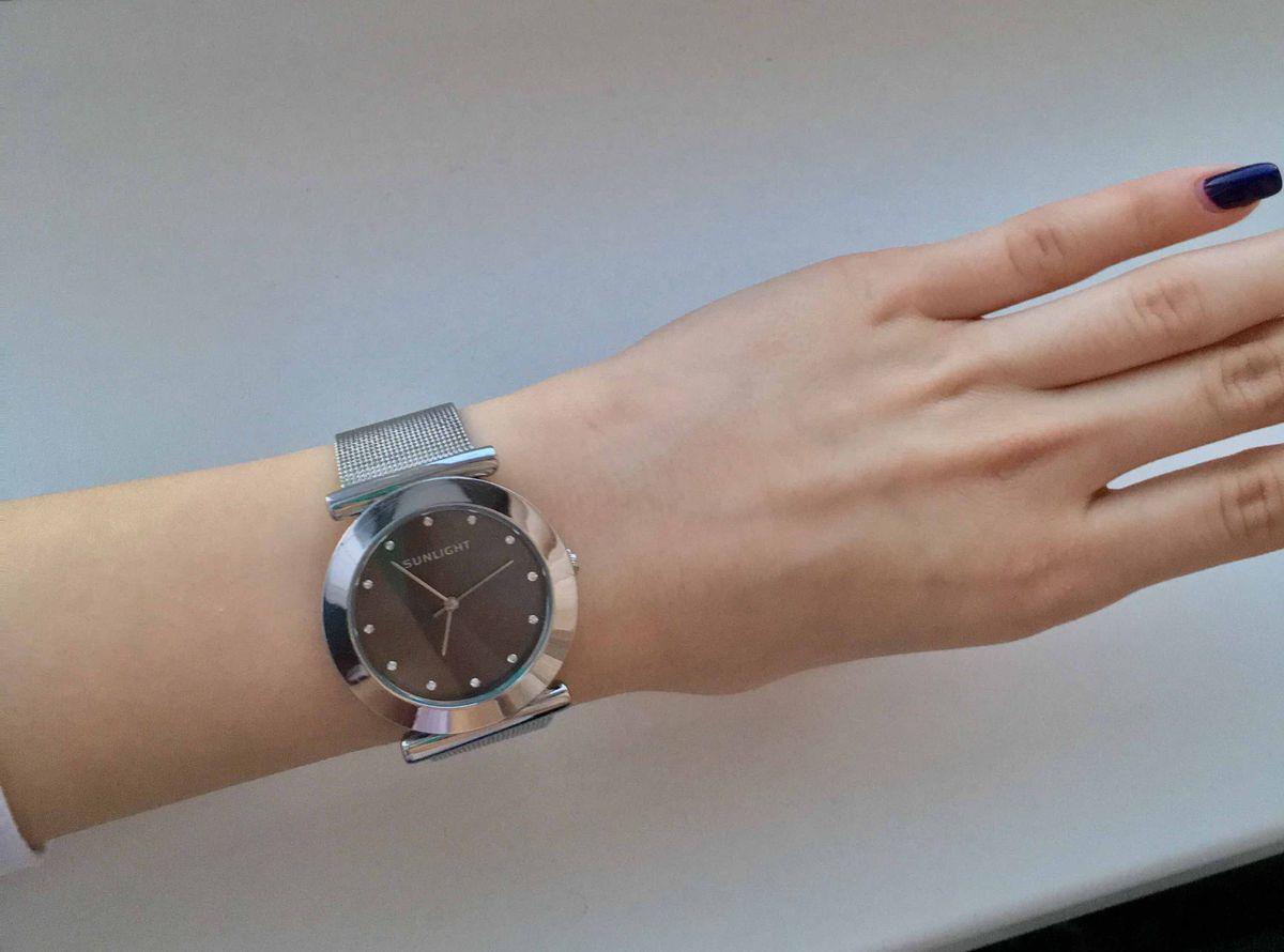 Простые и элегантные часы по приятной цене