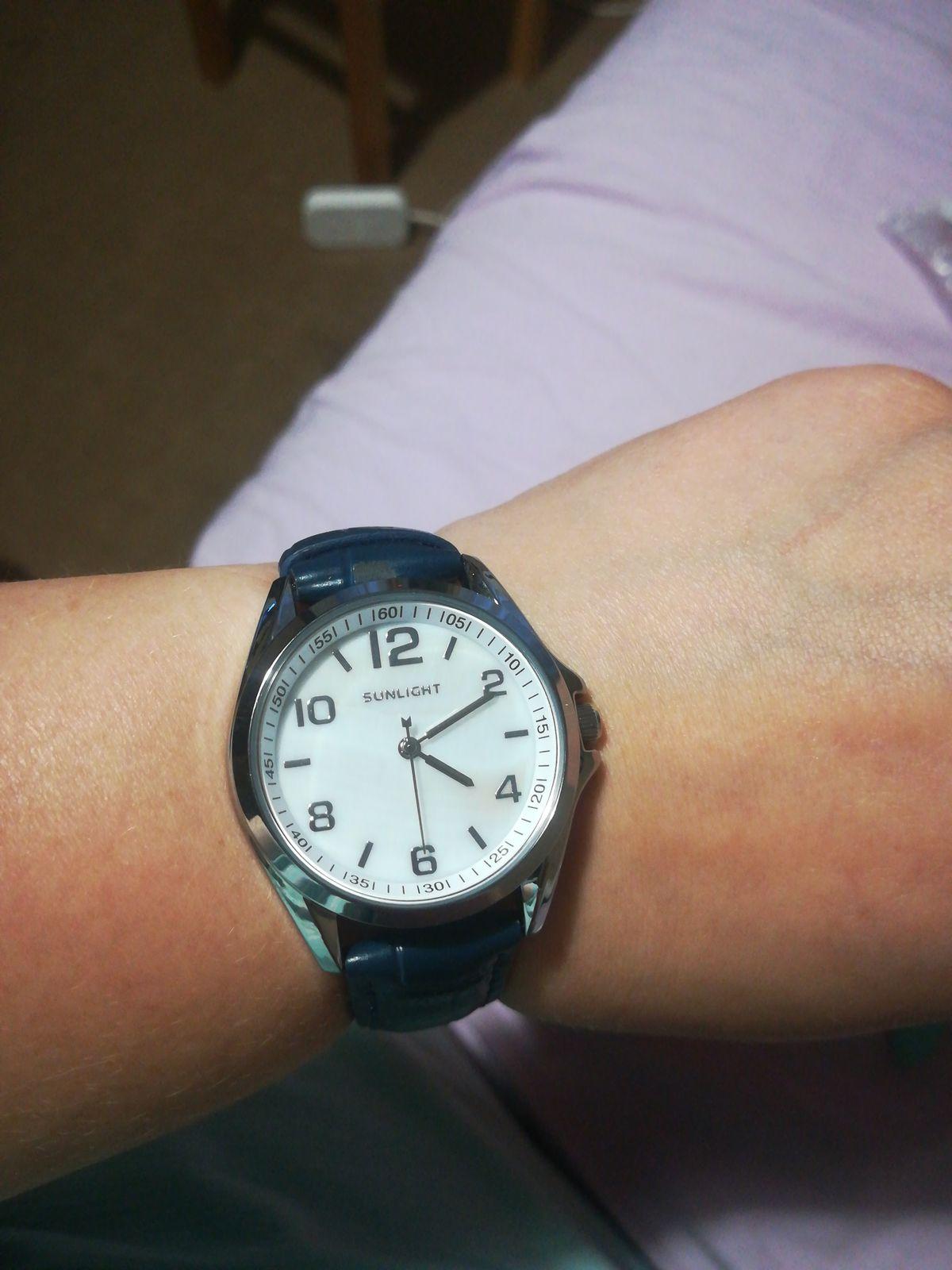 Часы красивые, если бы не одно но...