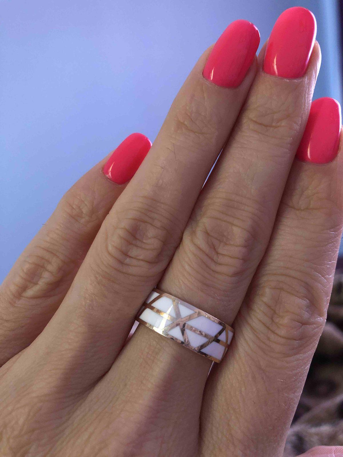 Серебрянное колечко с эмалью