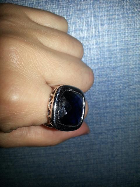 Очень крупное кольцо