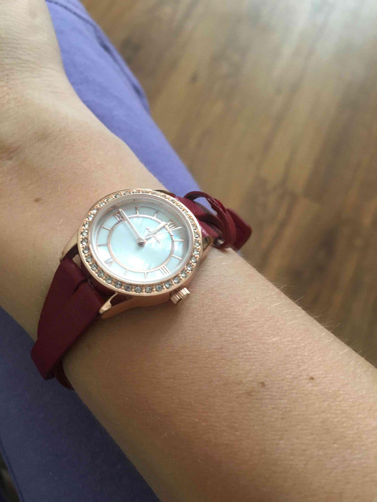 Часы с дефектом