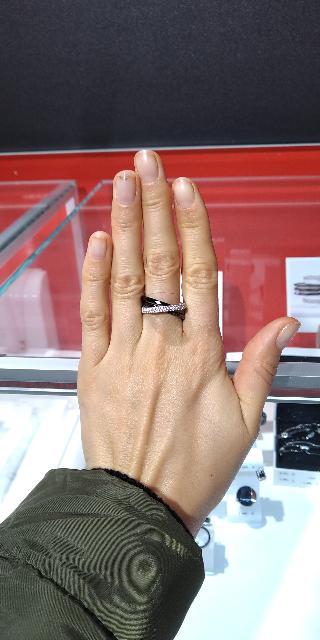 Очень стильное и красивое кольцо!