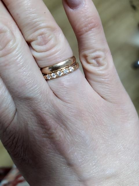 Очень нежное кольцо с 💎💎💎