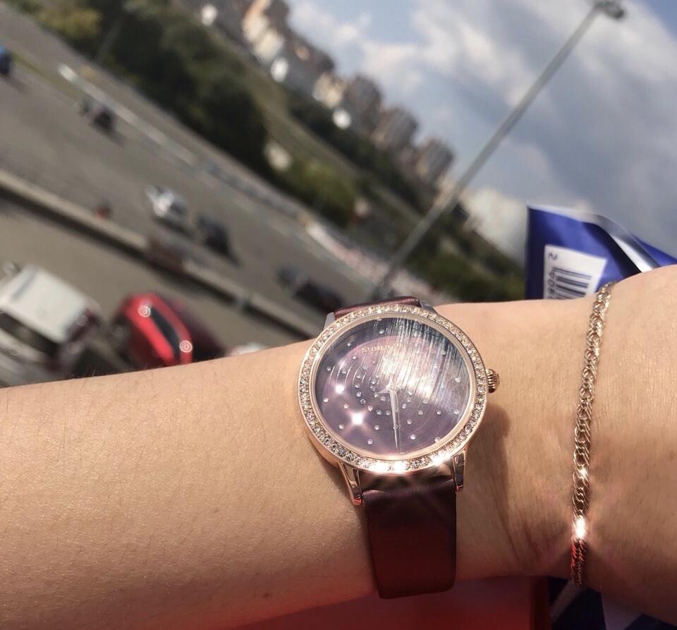 Шикарные часы доя шикарной девушки!)