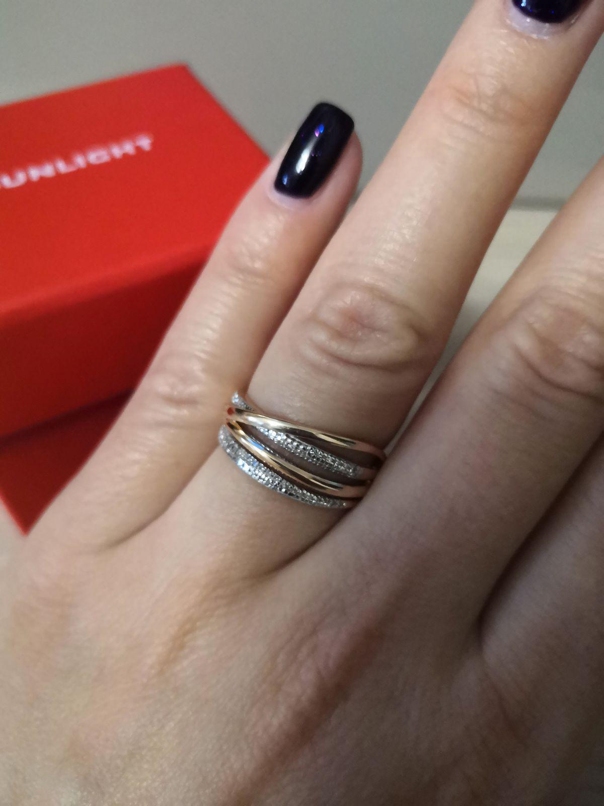 Шикарное кольцо, 69 бриллиантиков