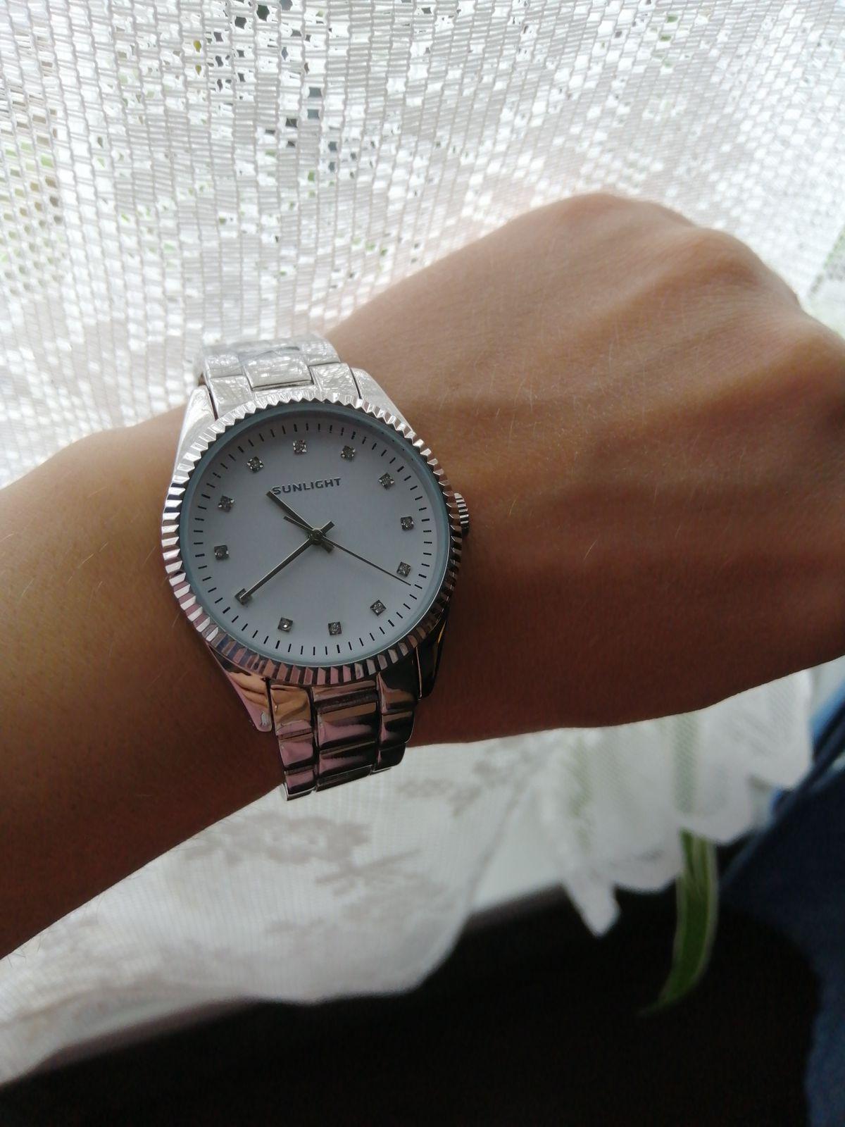 Часы женские )))