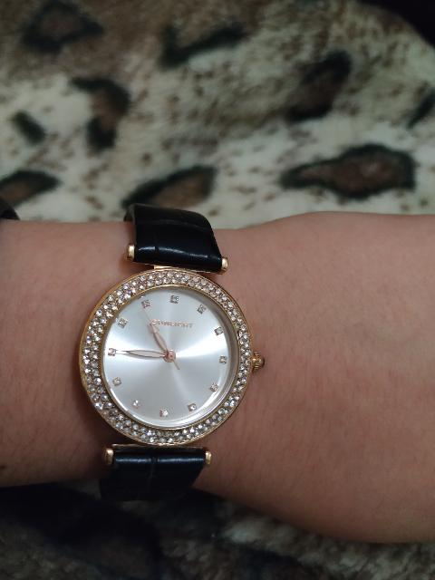 Очень практичные и красивые часы