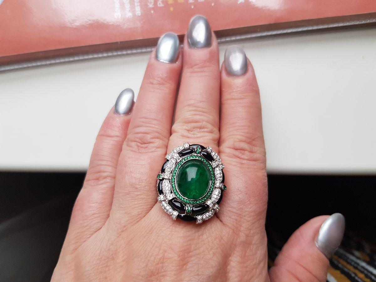 Перстень серебрянный.