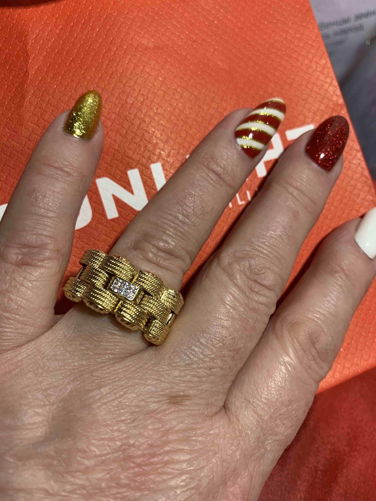 Объёмное кольцо с фианитами