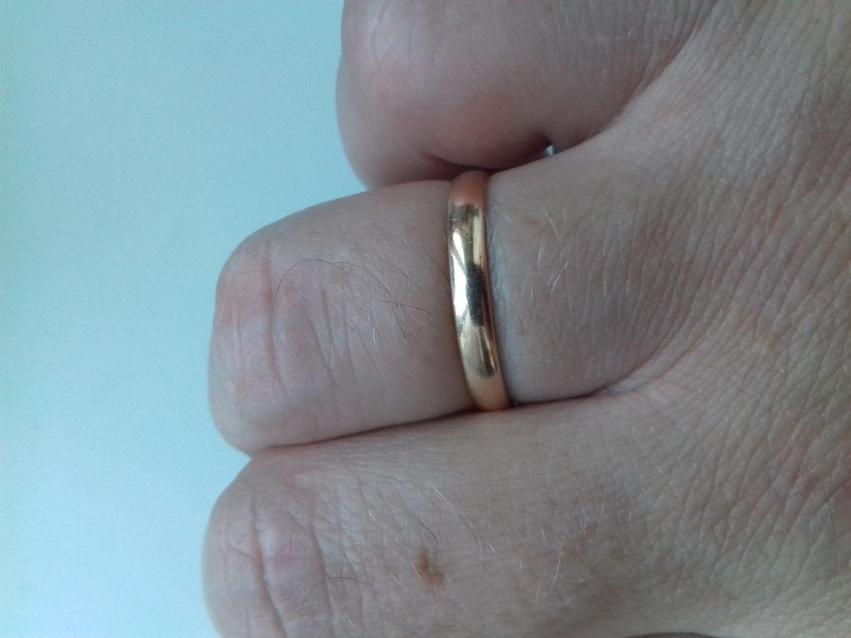 Хорошее обручальное кольцо за небольшие деньги!