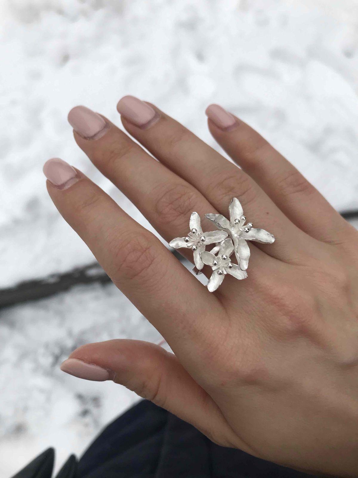 Прекрасное кольцо ручной работы