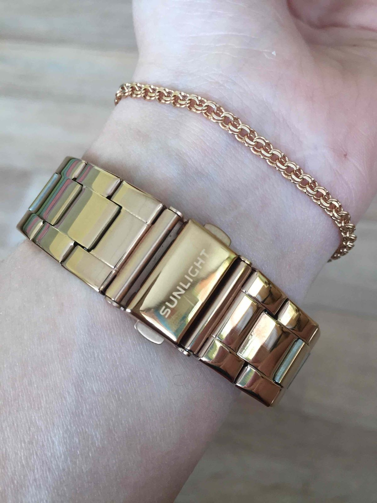Безупречный внешний вид, стильные и качественные часы!