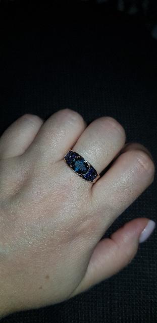 Кольцо золотое с сапфирами  топазами и бриллиантами!!!