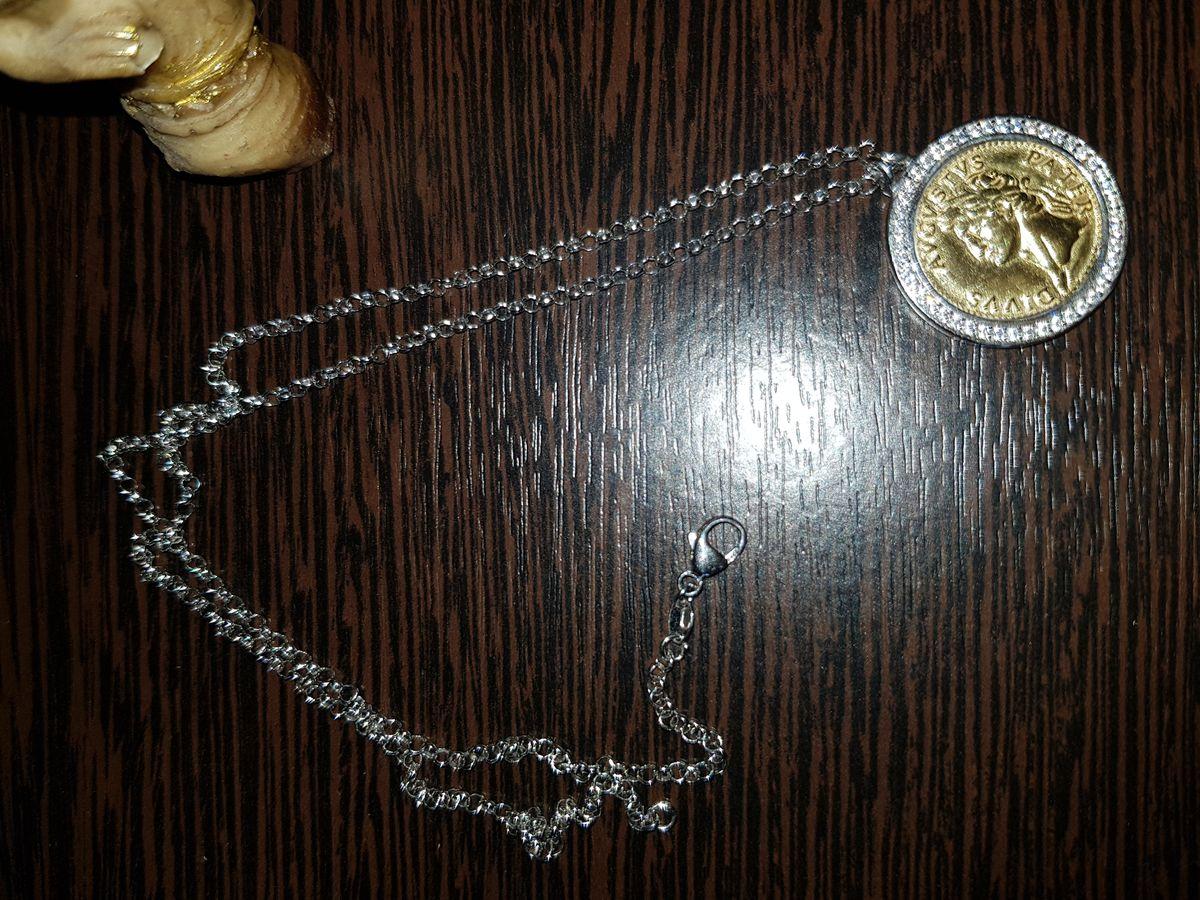 Серебряное, шейное украшение с фианитами, размер 45