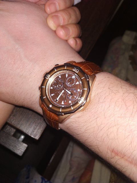 Часы понравились)