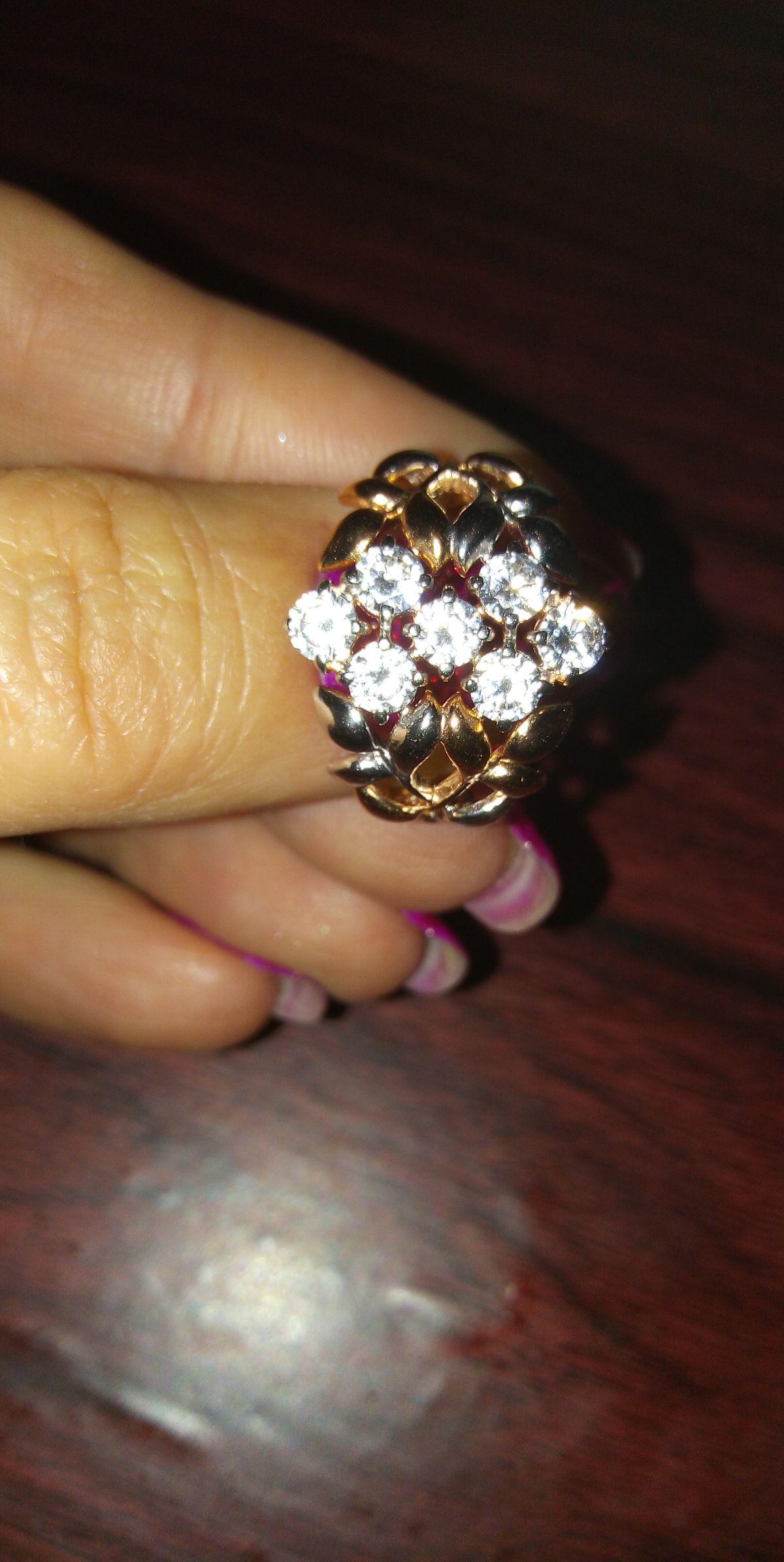 Шикарные кольцо.
