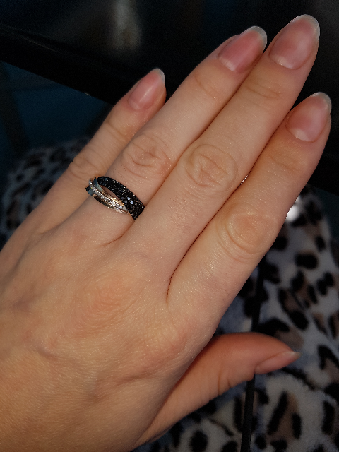 Кольцо с чёрными бриллиантами