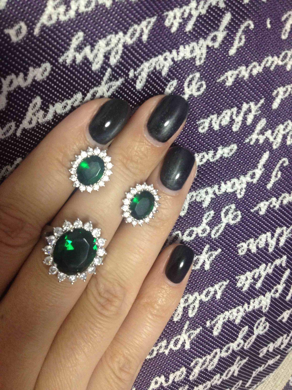 Зелёное украшение 🎄