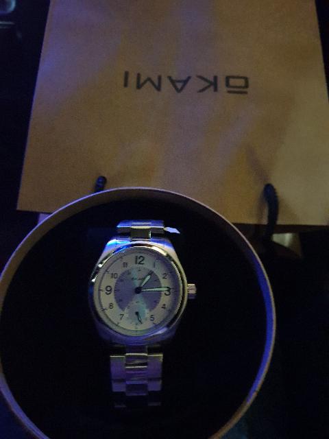 Часы хорошие, классика, не тяжёлые,на худой руке смотрятся отлично