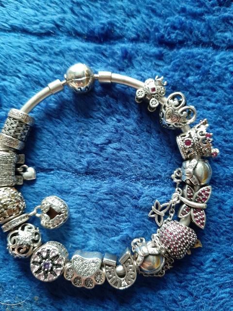 Серебрянный шарм