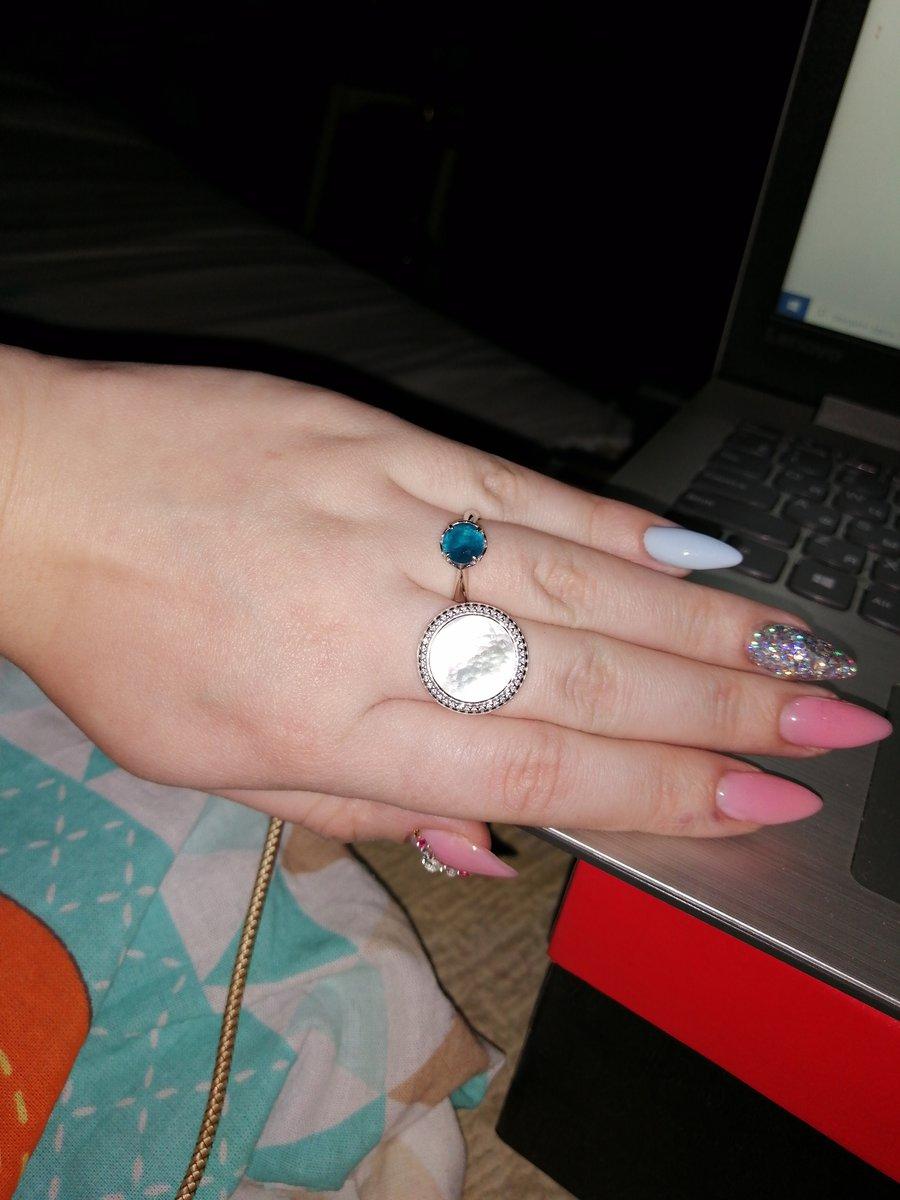 Очень красивое и скромное кольцо