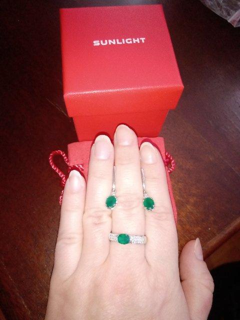 Лёгкие серьги с сочным зелёным камушком (агат)