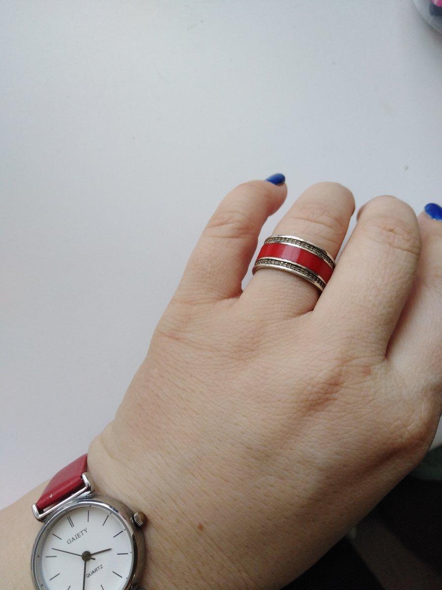 Мой любимый красный комплект, серьги и кольцо
