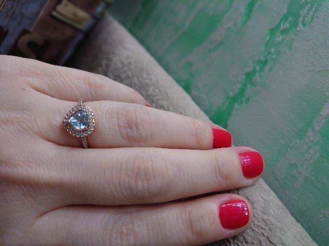 Колечко миниатюрное, невесомое