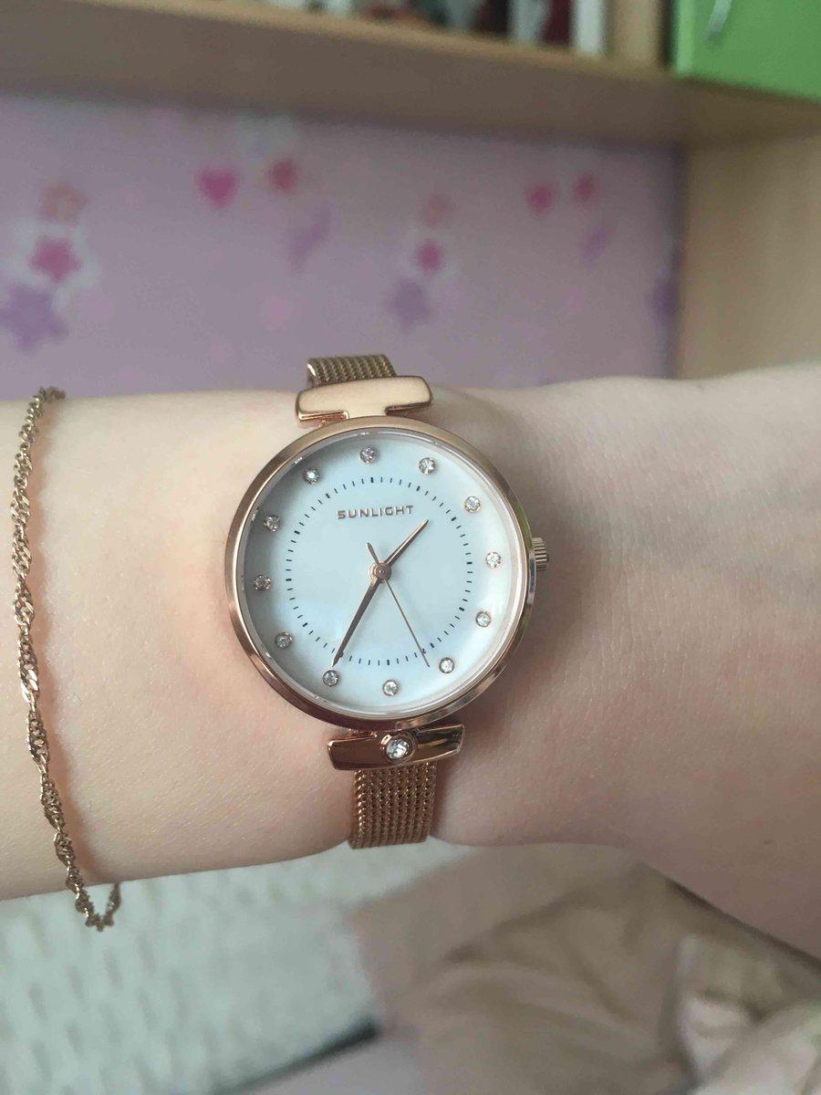 Красивый часы, на кажды день