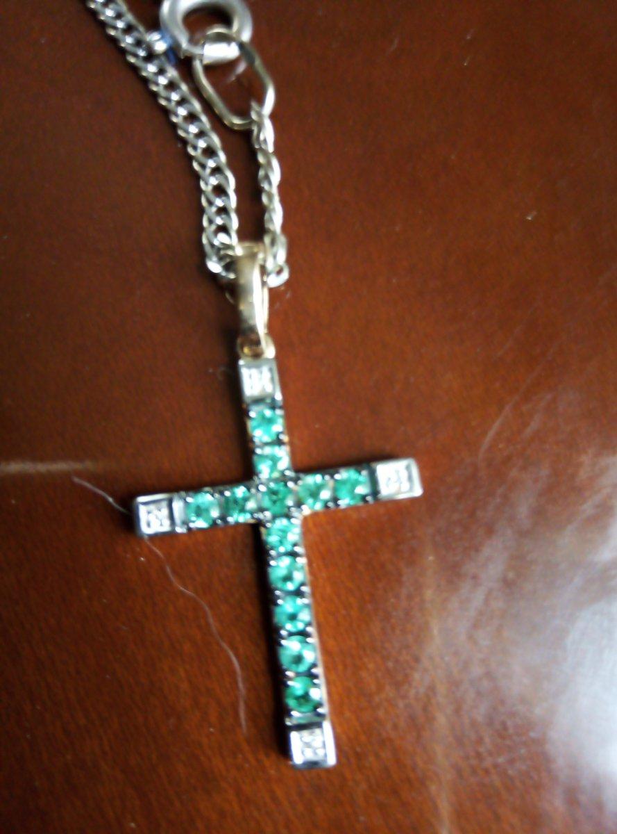 Изумрудный крест