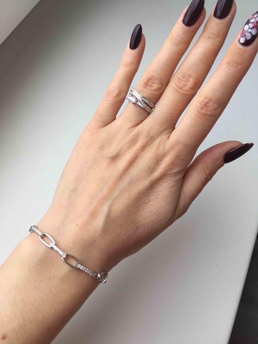 Красивый, нежный браслет!