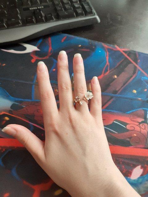 Серебряное кольцо с перламутром и эмалью