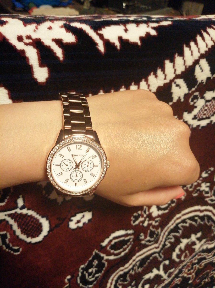 Очень хорошие и качественные часы для своей стоимости. В работе прекрасны!