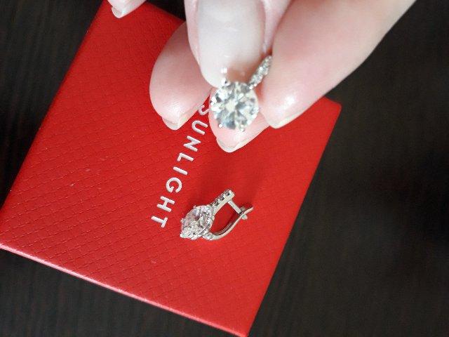 Серьги серебряные очень изящные и красивые