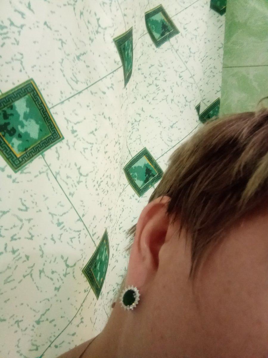 Серёжки зелёный фианит.