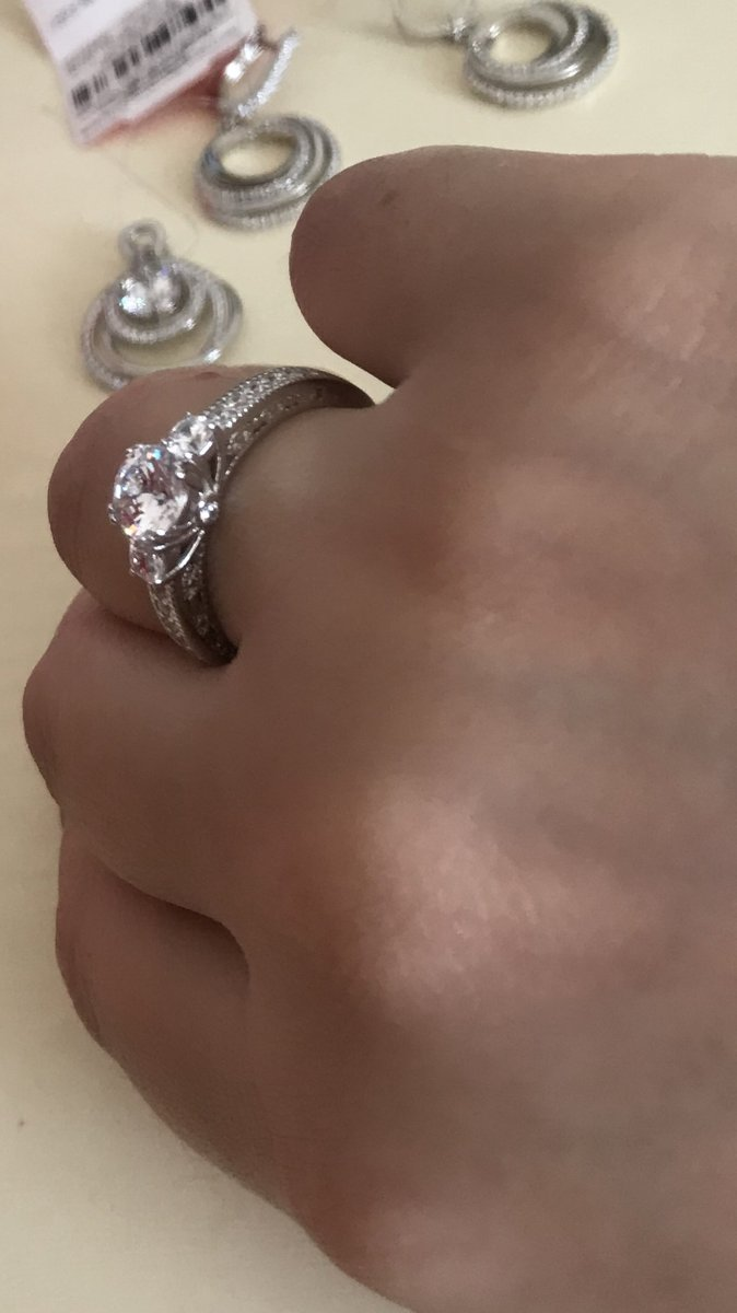 Серебряное кольцр