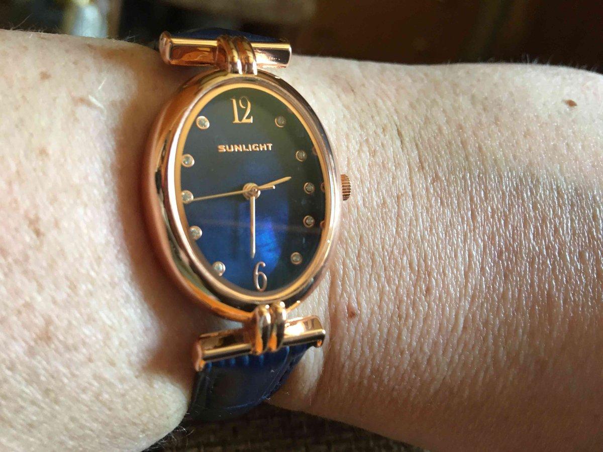 Часы женские !!!