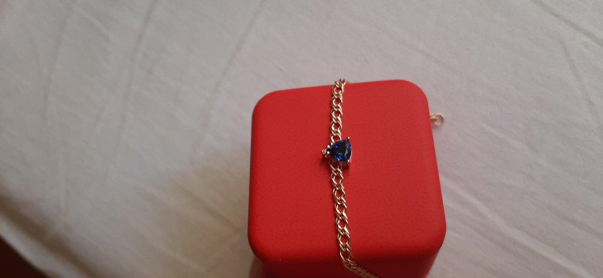 Сапфир и бриллиант это супер!!!! Особенно в шикарной подвеске!!! Санлайт👍