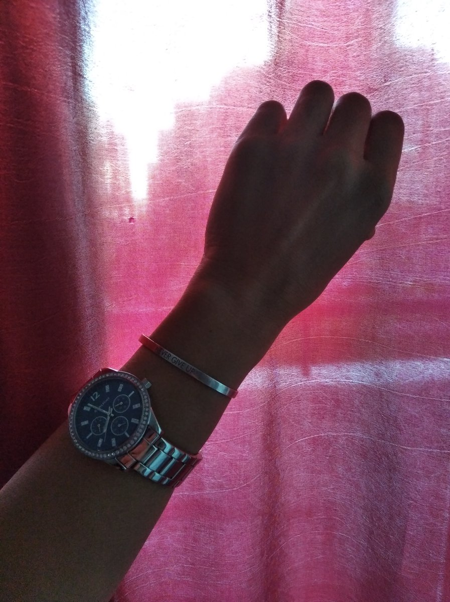 Шикарные часы! Очень стильно и дорого