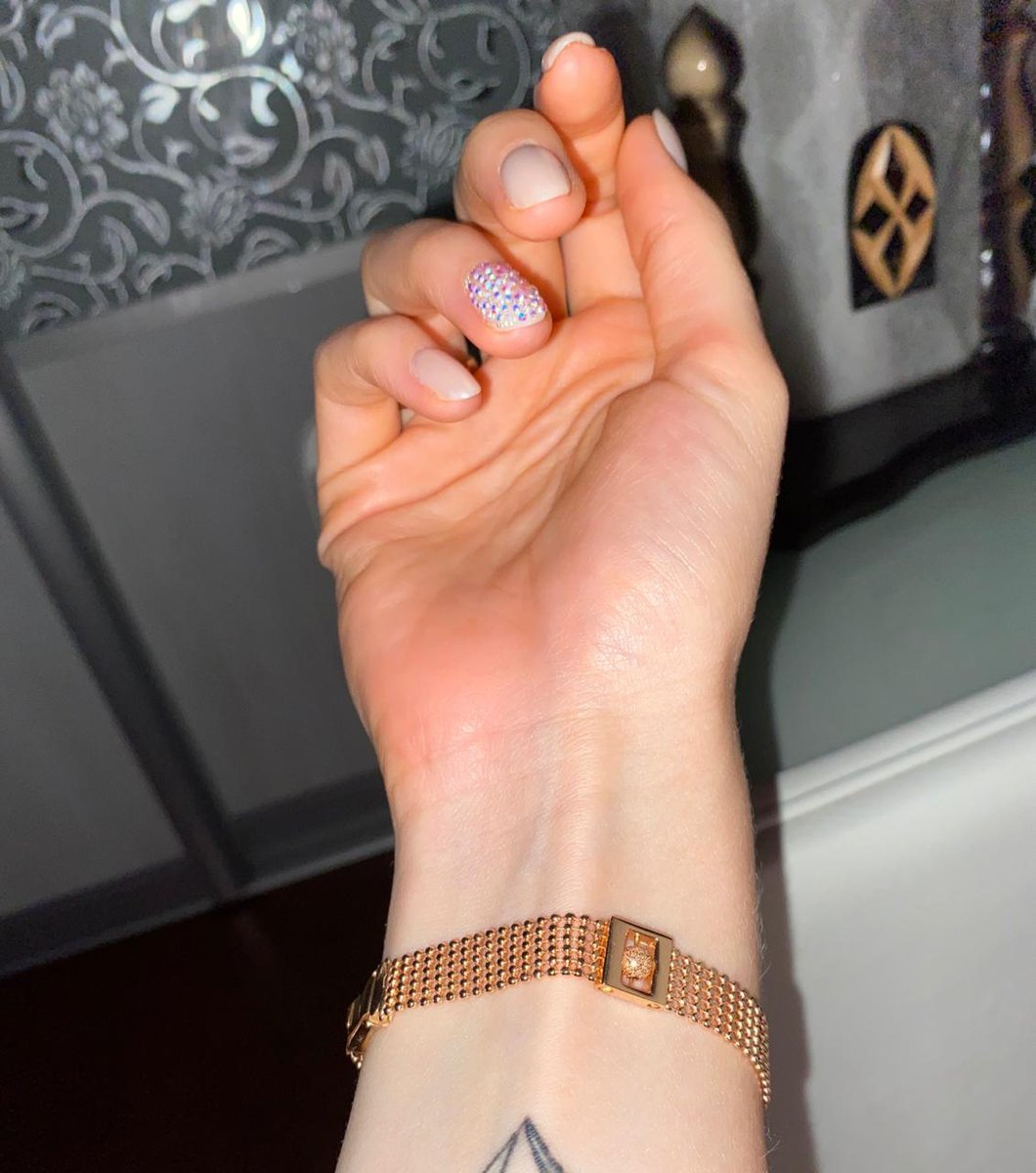 Очень красивый и качественный браслет.