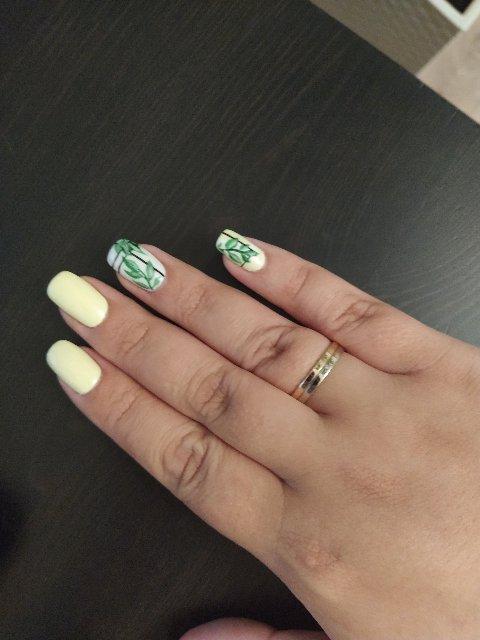 Стильное обручальное кольцо