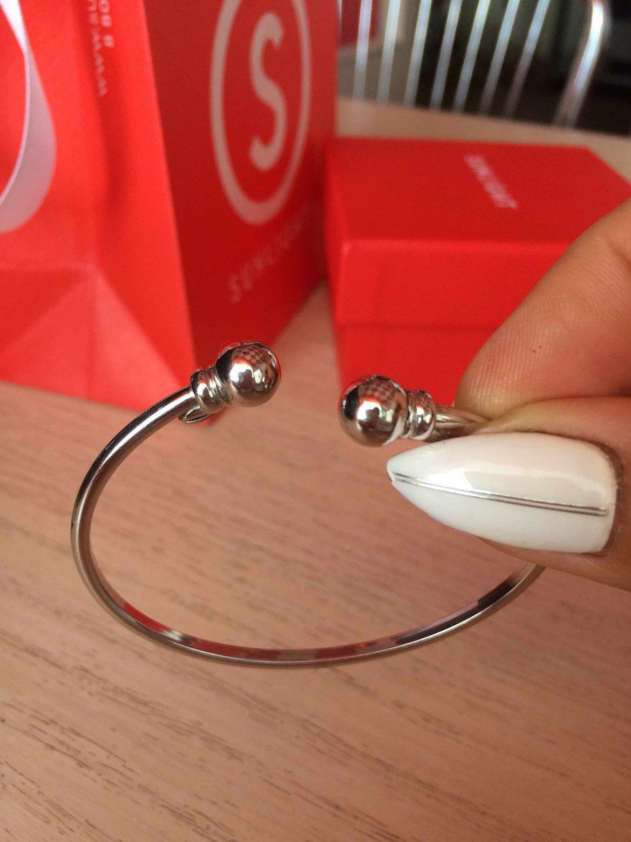 Элегантный, минималистичный и утонченный браслет