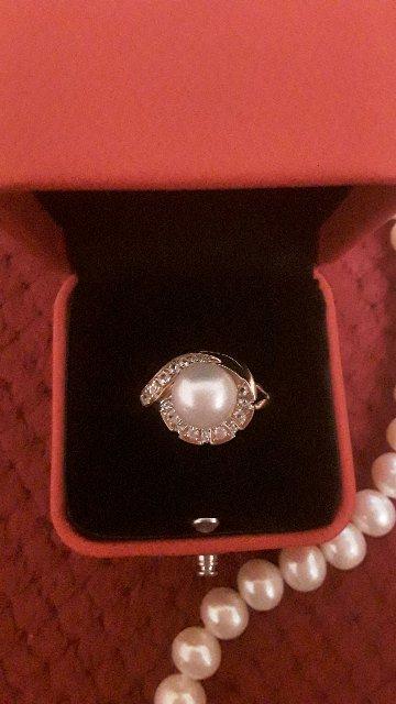 Кольцо супер обожаю жемчуг ,сапфиры и бриллианты и золото