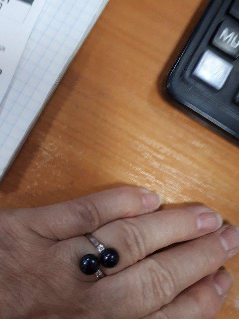 Кольцо с жемчугом  приятное и красивое