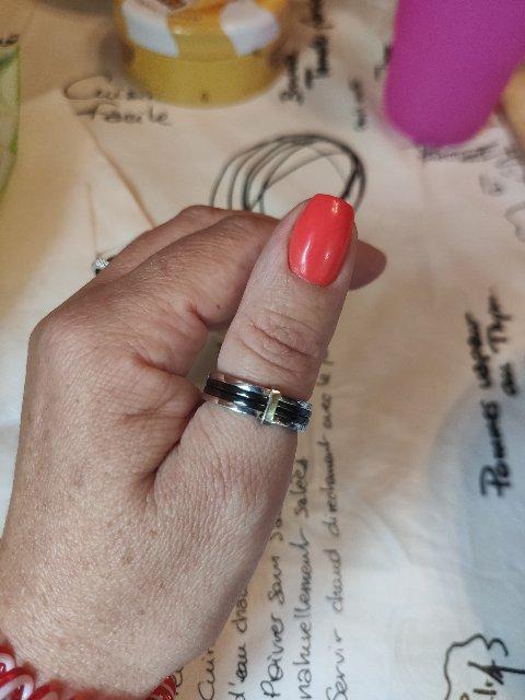 Очень стильное современное кольцо