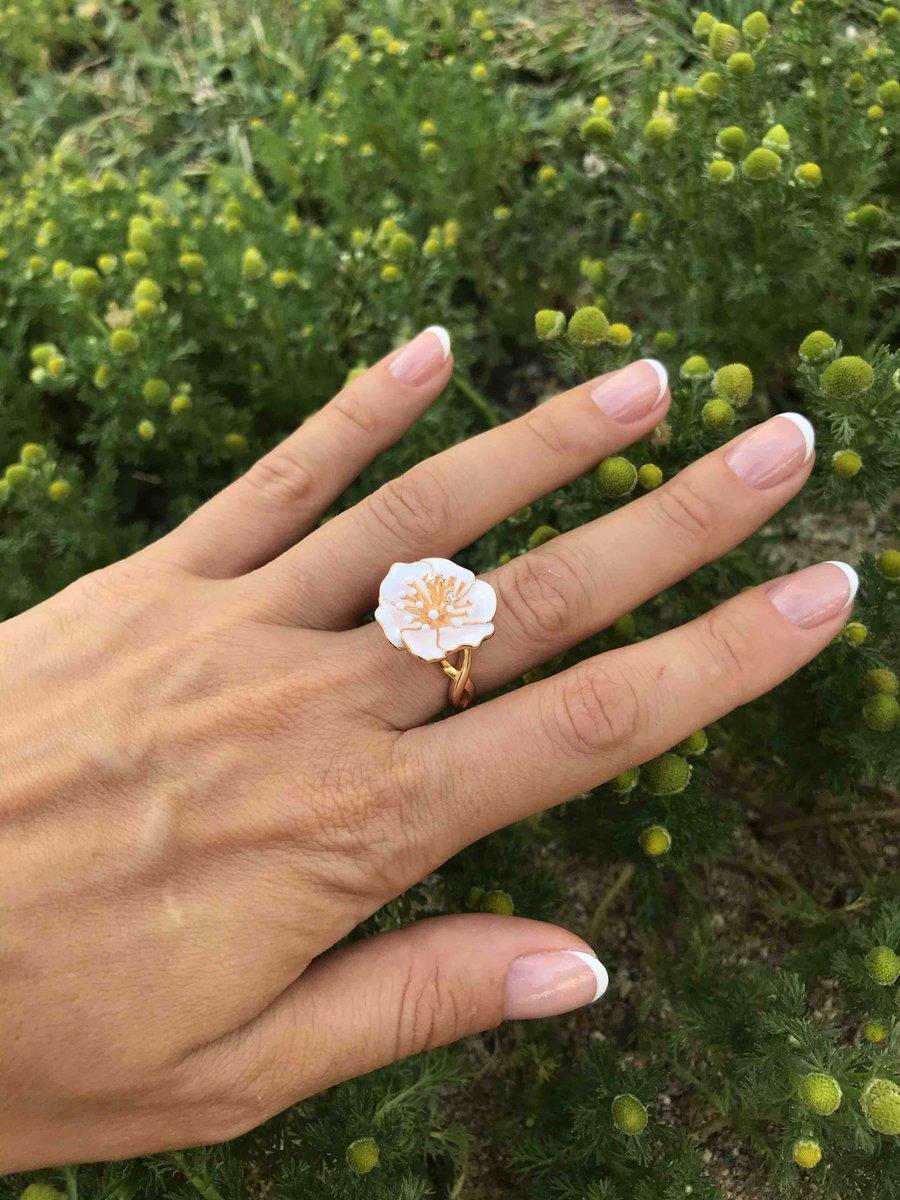 Изысканное кольцо-цветок